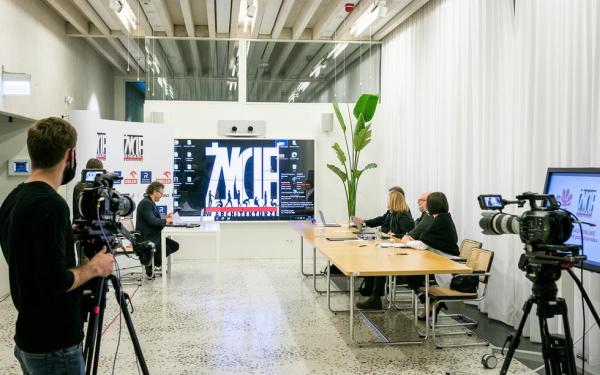Najlepsi architekci zaprezentowali swoje realizacje w Zodiaku: zapis streamingu otwartych obrad jury