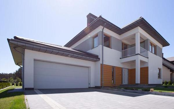 Brama garażowa piękna od środka. Jak WIŚNIOWSKI dba o wnętrze Twojego garażu?
